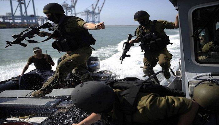 بحرية الاحتلال تعتقل 3 صيادين أشقاء في بحر غزة