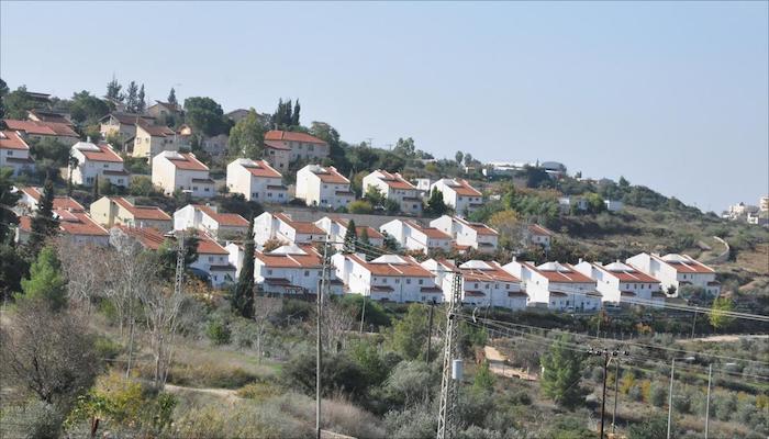 إسرائيل: تطبيق القانون على مستوطنات الضفة مادة لمفاوضات تشكيل الحكومة
