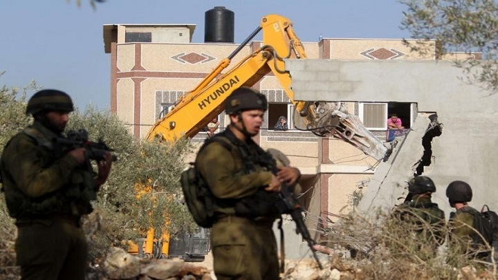 لجنة المتابعة: اسرائيل تنتهج سياسة عنصرية لهدم المنازل العربية بالداخل المحتل