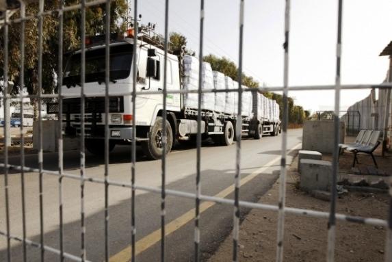 إسرائيل تغلق معبرّي