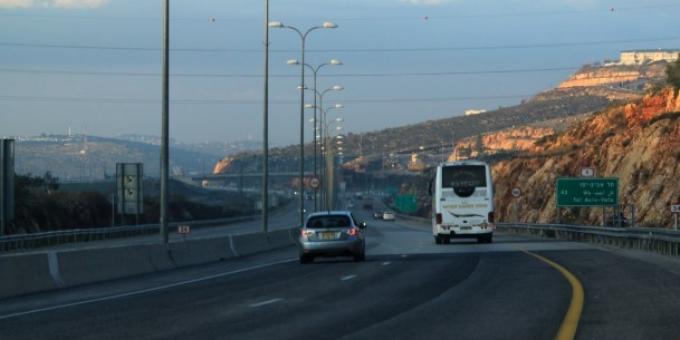 مخطط إسرئيلي لشق شوارع استيطانية في الضفة والقدس