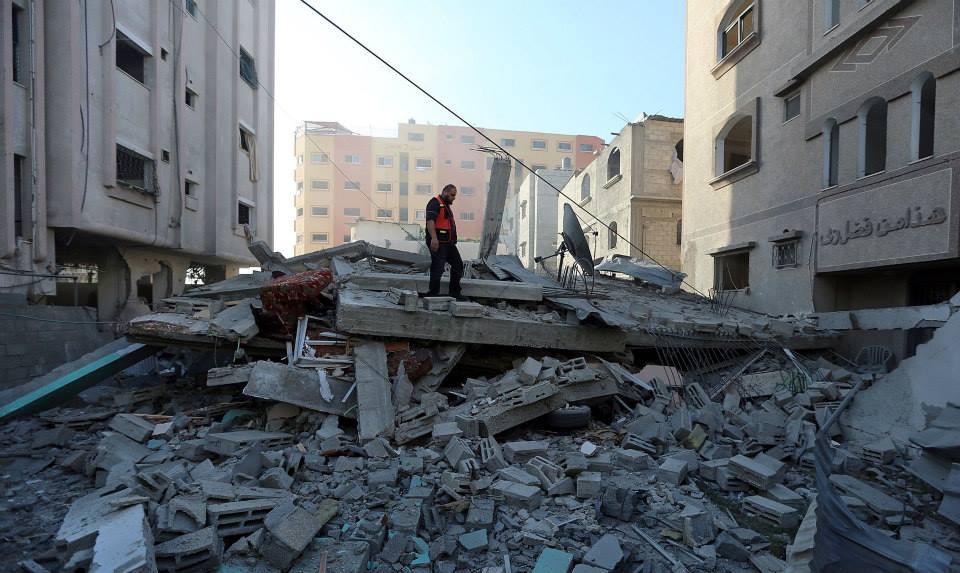 الجيش الإسرائيلي: أغرنا على 1160 هدفا والفلسطينيون أطلقوا 690 صاروخا منذ بدء العملية على غزة