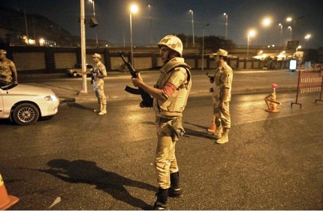 مقتل شرطيين واصابة