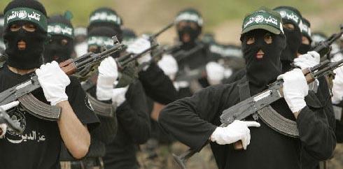 مسئول عسكري إسرائيلي: لا يستهين بقوة
