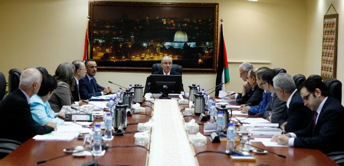 مجلس الوزراء يحذر من محاولات إسرائيل لإعادة صياغة احتلالها وتشريعه