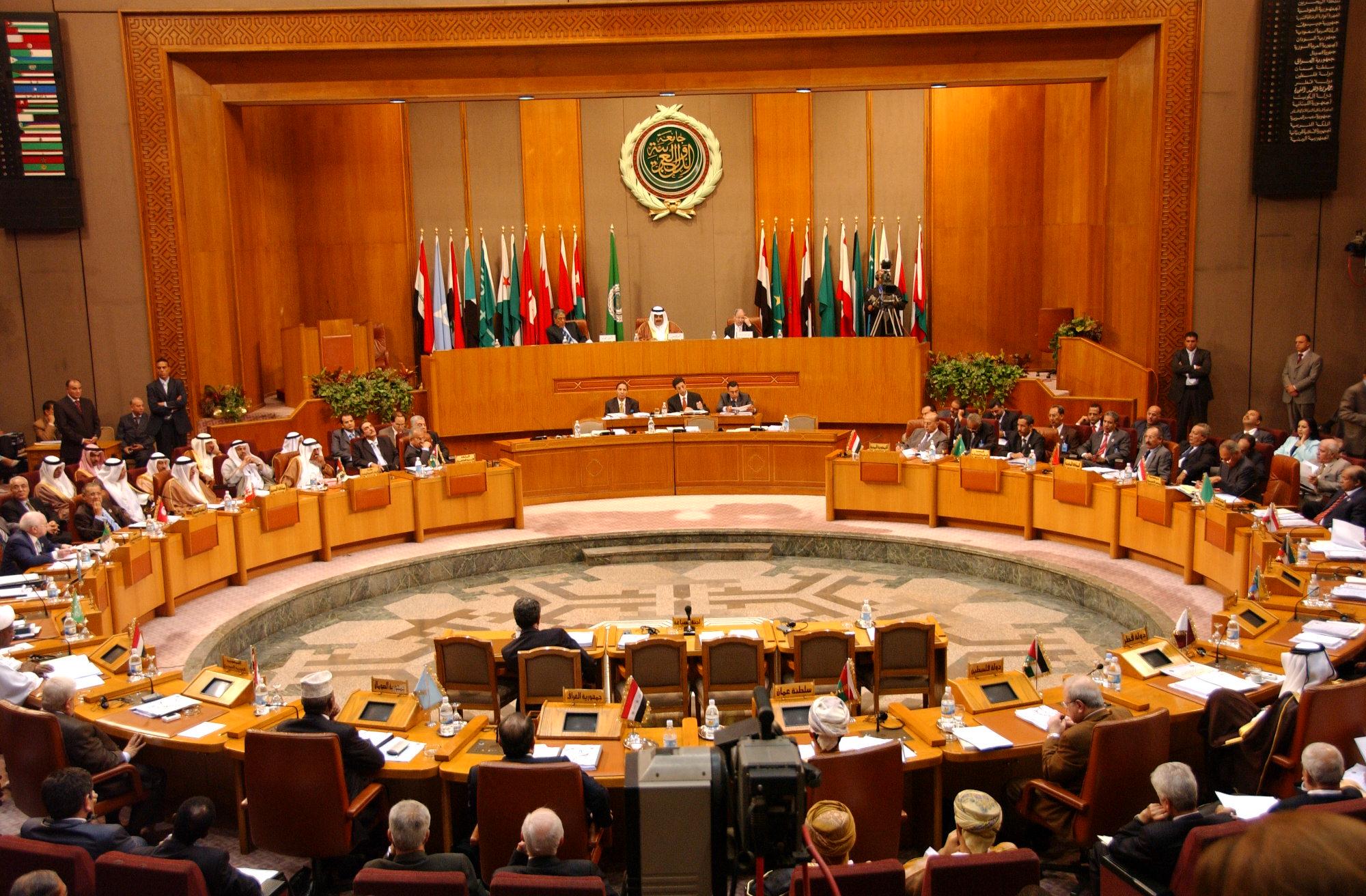 الجامعة العربية تطالب المجتمع الدولي بوقف الانتهاكات الاسرائيلية للمسجد الأقصى