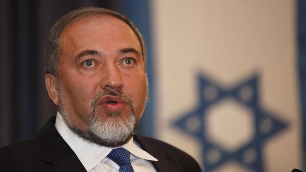 ليبرمان يكرر دعوته الى اخضاع حركة حماس وقهرها عسكريا