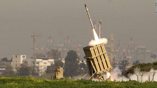 إسرائيل تحرك بطاريات