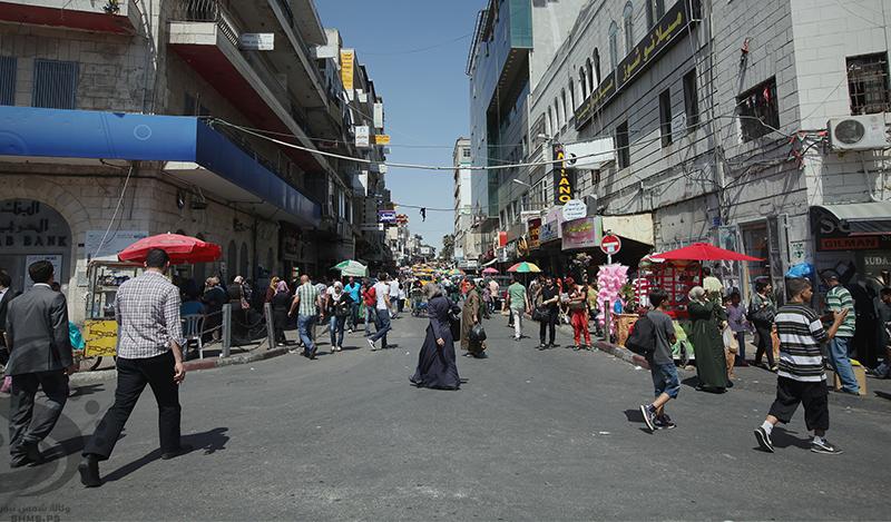 تجار الضفة الغربية : تراجع حركة الشراء في أسواق الضفة الغربية بنسبة جاوزت 40 %