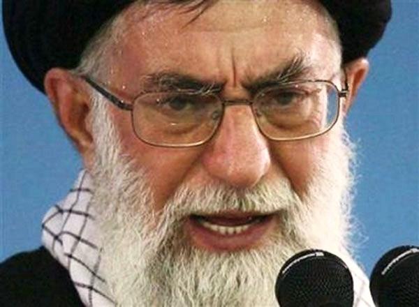 خامنئي يتهم إسرائيل بارتكاب