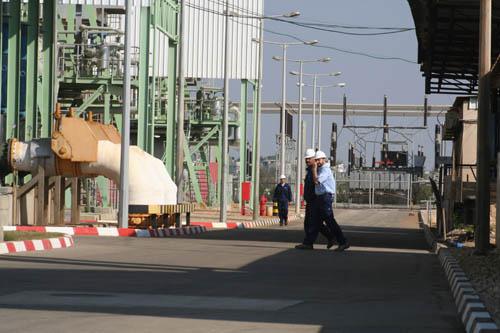 توريد كميات محدودة من الوقود لمحطة الكهرباء بغزة غدا