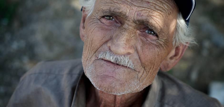 فلسطين والأردن ضمن اسوأ الدول في معاملة كبار السن
