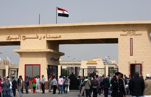 مصر تفتح معبر رفح