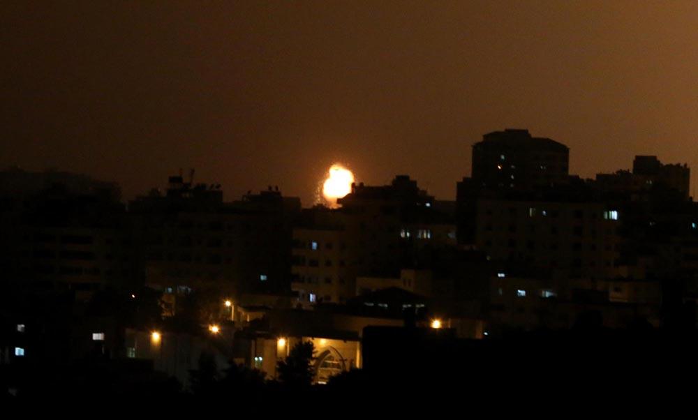 لهيب النار من وإلى غزة