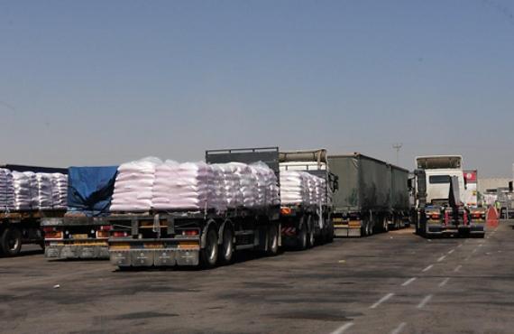 420 شاحنة إلى غزة عبر كرم ابو سالم