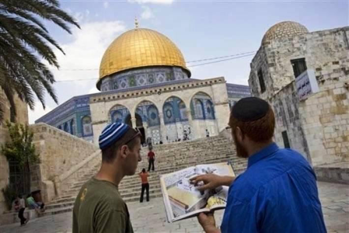 مخطط لتسجيل الأقصى كأرض تابعة لإسرائيل
