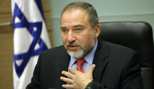 ليبرمان: الرئيس عباس تجاوز الخط الأحمر والأموال المجمدة ستعود فقط برحيله