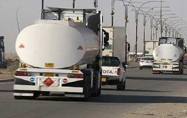 النفط ممزوجا بالدم السوري والعراقي يعبر إلى