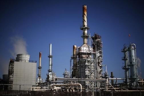 تراجع أسعار النفط مع ترقب قرار المركزي الأمريكي بشأن الفائدة