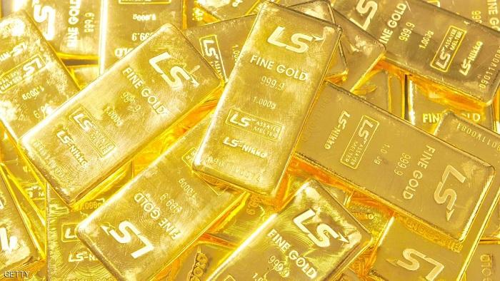 الذهب يرتفع في ظل خسائر الأسهم والدولار