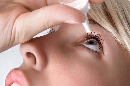 6 أعراض للمياه البيضاء على العين تهمك معرفتها