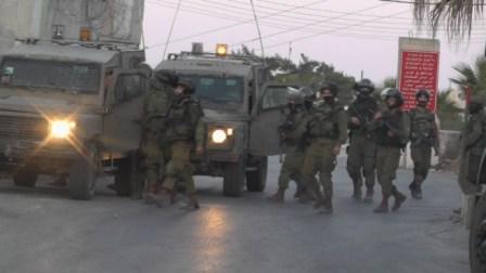 الاحتلال يعتقل (25) مواطناً من الضفة