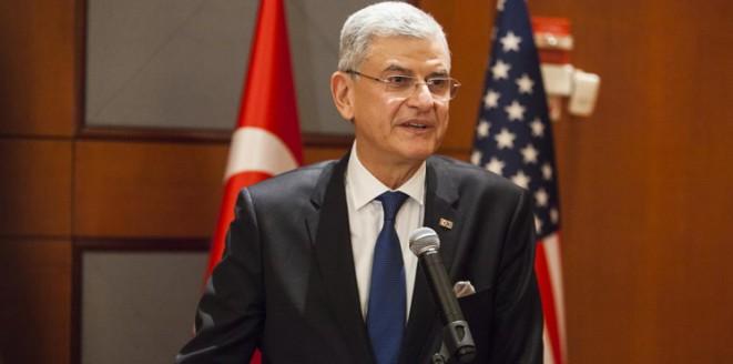"""تركيا تنجز اتفاقها مع أوروبا بشأن إعفاء مواطنيها من """"شنجن"""""""