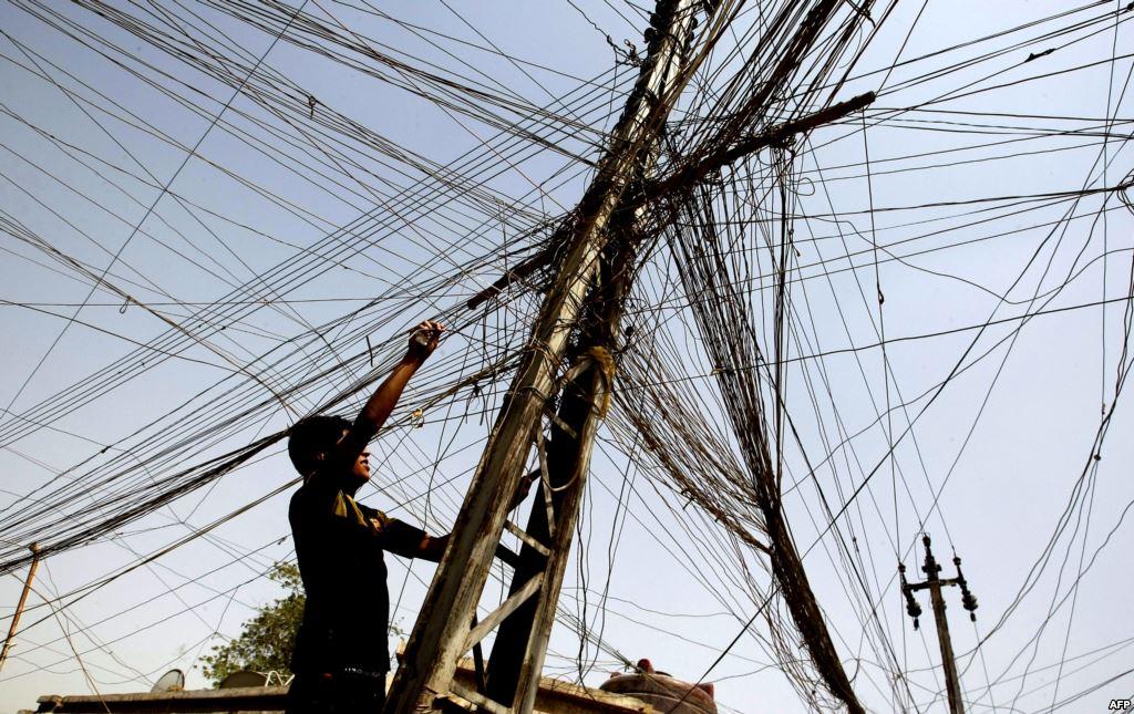 'عدالة': قطع الكهرباء عن الضفة يأتي ضمن سياسة العقاب الجماعي