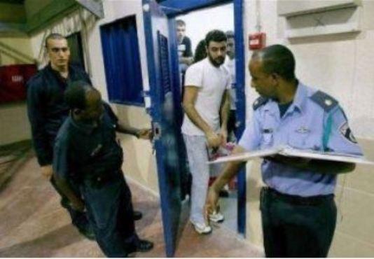 16 نائباً في سجون الاحتلال