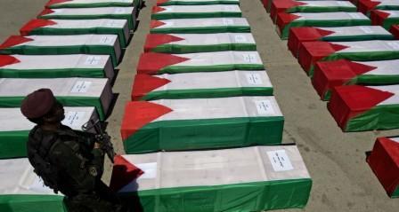 الآلاف يشيعون جثامين 6 شهداء سلمهم الاحتلال