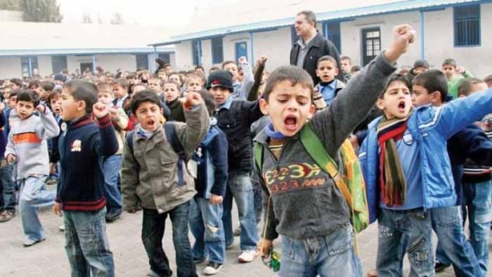 حراك المعلمين قررنا تعليق الإضراب لأسبوع لكننا لا نرى في قرارات الرئيس انصافا لنا