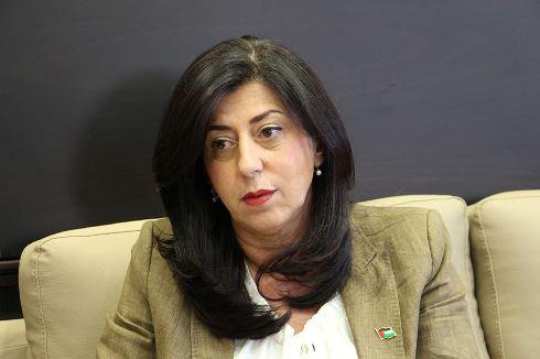 وزيرة الاقتصاد الوطني تطلق سجل الأموال المنقولة