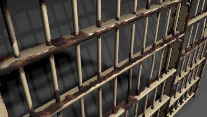 معتقل أردني بسجون الاحتلال يعلِّق إضرابه عن الطعام