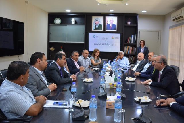 نور فلسطين: برنامج صندوق الاستثمار لتوليد الكهرباء من الطاقة الشمسية يضع فلسطين على خارطة الطاقة البديلة العالمية