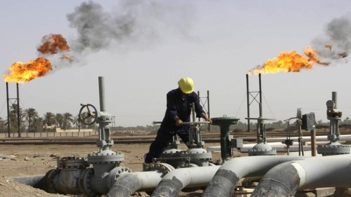 اتفاق تاريخي لخفض إنتاج النفط الخام ينتظر موافقة دولة عربية