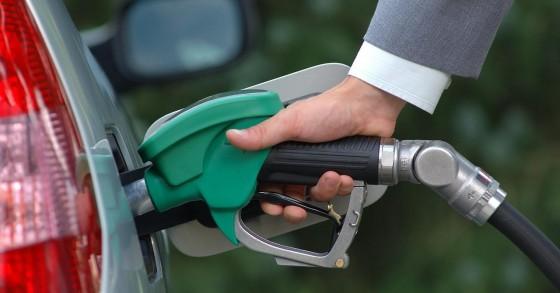 أسعار المحروقات والغاز لشهر آذار