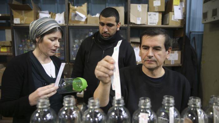 ترجمة الحدث| الاحتلال ودمج العرب في سوق العمل الإسرائيلي.. أبعاد اقتصادية