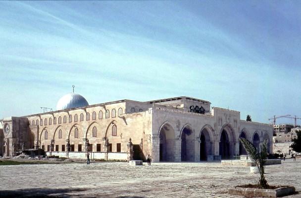 «بيوت الله في الأرض».. أجملها في العالم (صور)