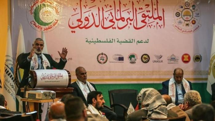 هنية: المنطقة العربية تشهد