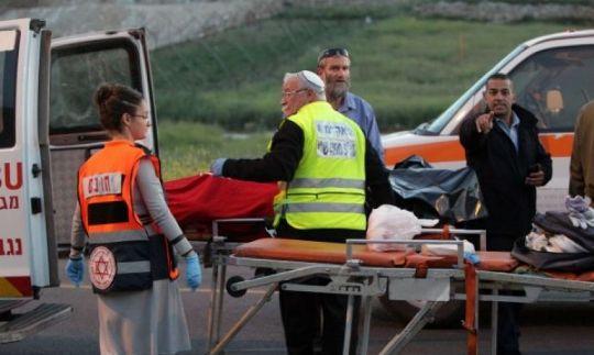 إصابة طفلة دهسها مستوطن في الخليل