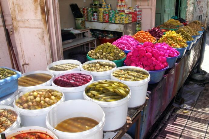 حماية المستهلك: العمل الرقابي على سلامة الغذاء في فلسطين