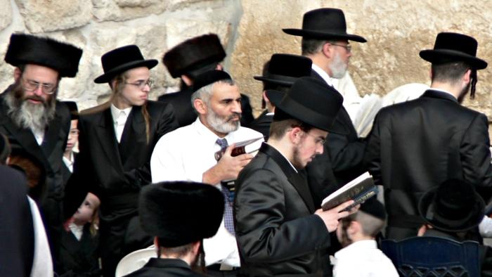 جيروزاليم بوست: يهود فلسطين الأكثر إصابة بسرطان الدم في العالم