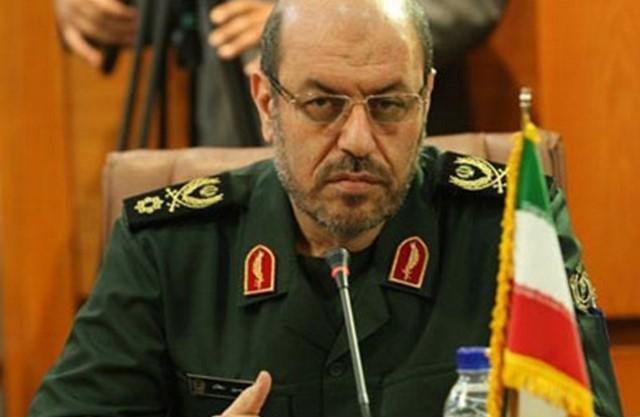 وزير دفاع إيران يهاجم
