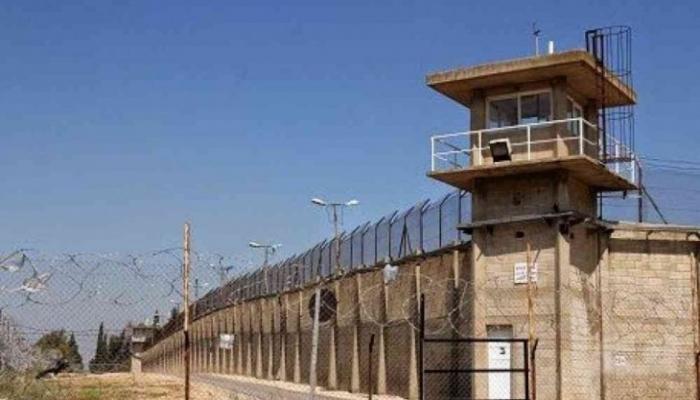 فارس: الاحتلال ينوي إنشاء أربعة معتقلات جديدة