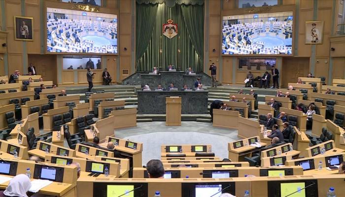 مجلس النواب الأردني يحيل مشروع قانون يمنع استيراد الغاز من إسرائيل إلى الحكومة