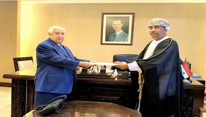 سلطنة عمان  تعيد سفيرها