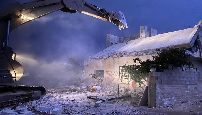 مطالبات إسرائيلية بهدم منزل الأسير دويكات للمرة الثانية