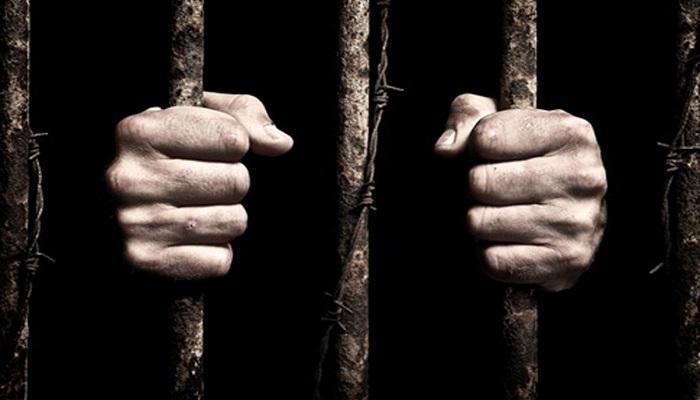 الأسير خالد شولي يدخل عامه الـ 18 في سجون الاحتلال