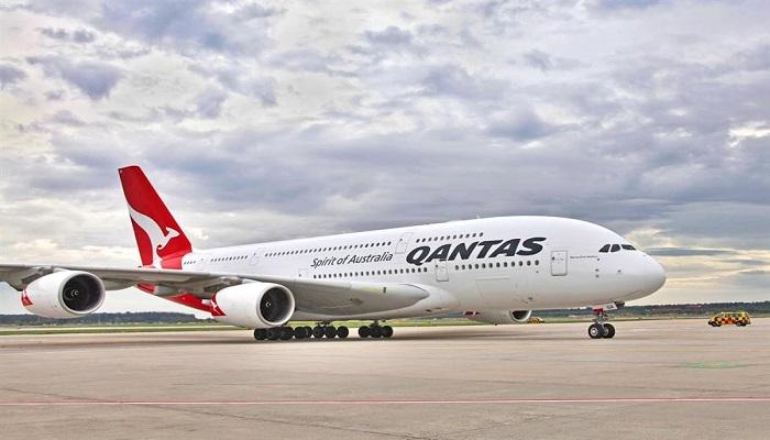 أول شركة طيران تطلب من المسافرين تلقي لقاح كورونا قبل السفر على متنها