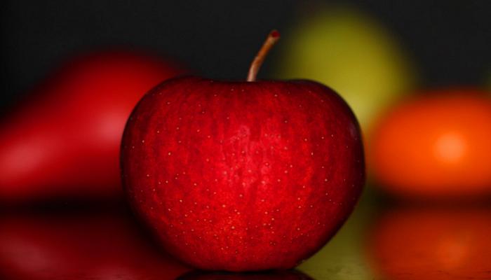 خبراء: تفاحة في اليوم تساعدك على خسارة وزن محدد سنويا!